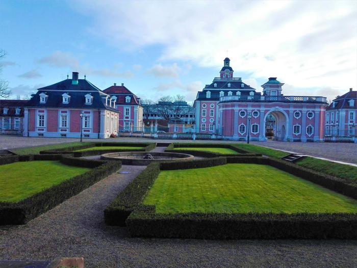 Palacio-Bruchsal-jardines-barrocos-don-viajon-turismo-cultural-gastronomico-recreativo-Baden-Wurttemberg-Alemania