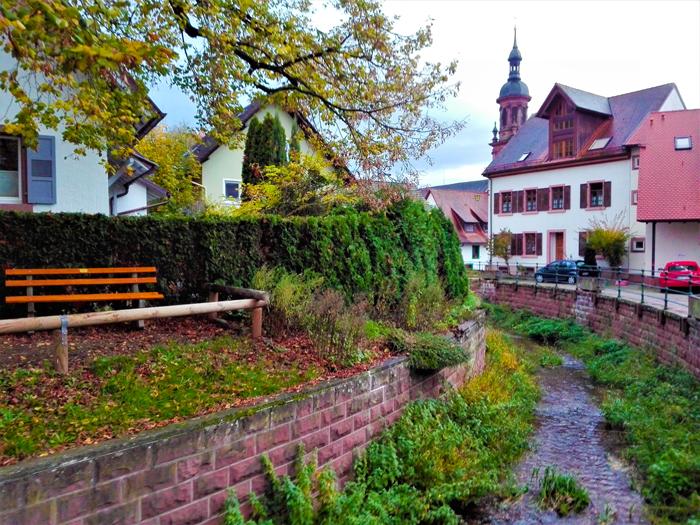 rio-gengen-don-viajon-turismo-recreativo-cultural-Gengenbach-Selva-Negra-Baden-Wurttemberg-Alemania
