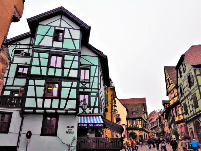 Riquewihr-casas-de-entramado-de-madera-don-viajon-turismo-cultural-recreativo-Alsacia-Alto-Rin-Francia