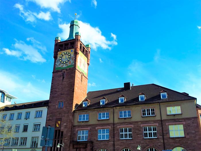 Torre-del-seminario-Pforzheim-don-viajon-turismo-cultural-urbano-aventura-Selva-Negra-Alemania