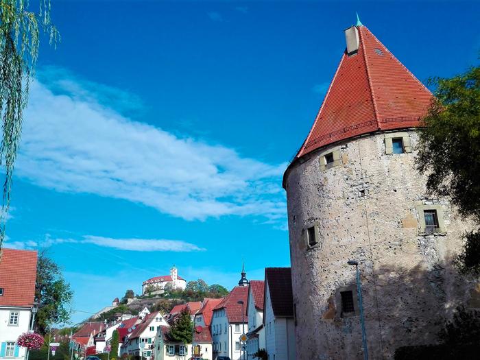 Vaihingen-an-der-Enz-don-viajon-turismo-cultural-etnologico-ruta-del-vino-casas-de-entramado-de-madera-Baden-Wurttemberg-Alemania
