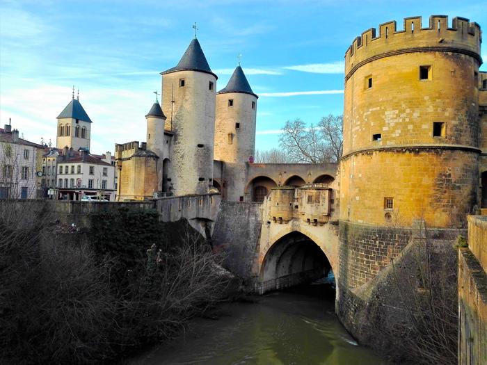 Metz-la-puerta-de-los-Alemanes-don-viajon-turismo-recreativo-cultural-urbano-ciudad-medieval-Francia