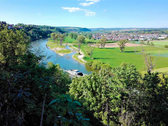 Bad-Wimpfen-valle-del-rio-Neckar-don-viajon-turismo-recreativo-aventura-naturaleza-distrito-Heilbronn-Baden-Wurttemberg-Alemania