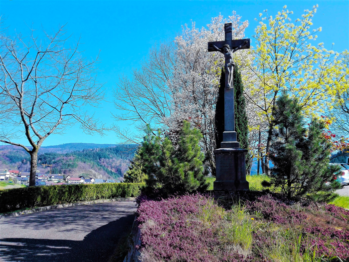 Valle-del-rio-Murg-Weisenbach-don-viajon-turismo-recreativo-senderismo-naturaleza-Selva-Negra-Alemania